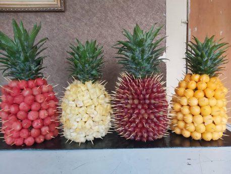 Fruitsome quadripple Pineapple Pines display